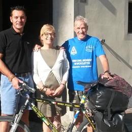 Olgiate, a 80 anni gira il mondo in bici  Ora va alla scoperta del Lario
