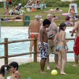 Villa Guardia, allarme conti in piscina  Ma nessun rischio per i bagnanti