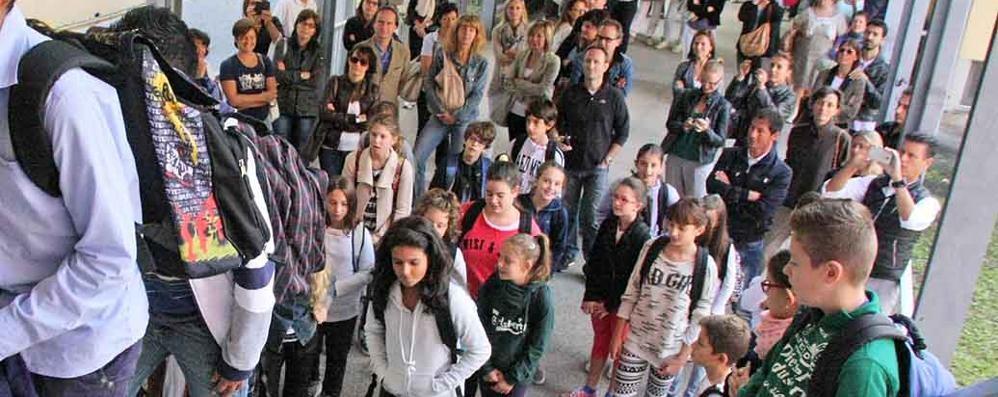 Supplenti, vaccini e nuove scuole  Como, tornano in classe 67mila studenti