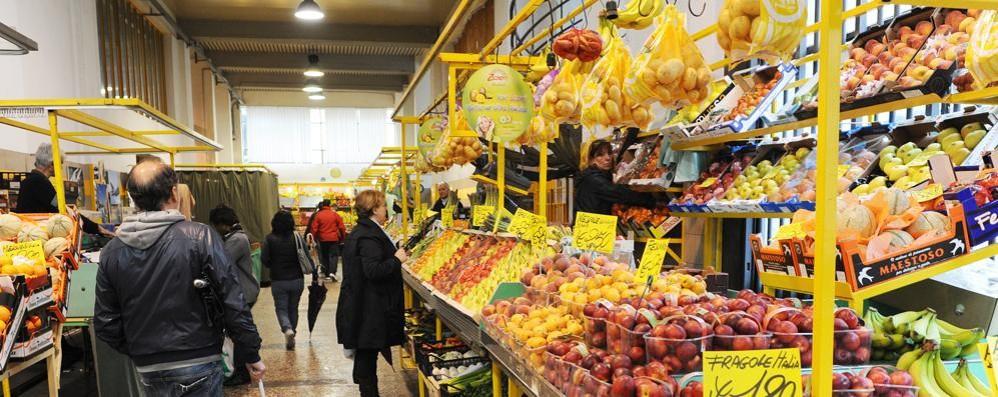 Dimentica di indicare  il prezzo del formaggio  Multa di mille euro