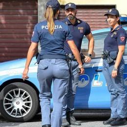 Picchia agenti e un passante Arrestato un uomo di 74 anni