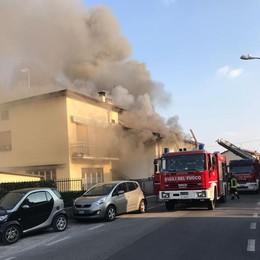 Cantù, grosso incendio in via degli Arconi   GUARDA IL VIDEO