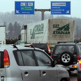 «Nuove strade alla rotonda di Lazzago?  Prima studiamo quante auto passano»