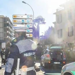 Como, rischio incidenti in viale Masia  Il Comune: «Metteremo i vigili»