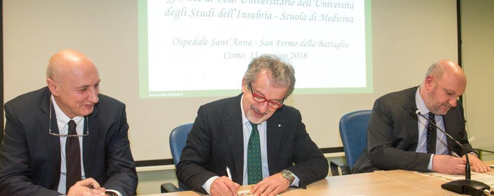 Maroni al Sant'Anna   inaugura i corsi di medicina