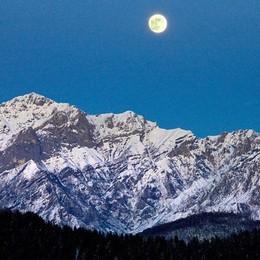 """Questa sarà la notte della """"Super Luna""""  Vista dalla Colma sarà ancora più bella"""
