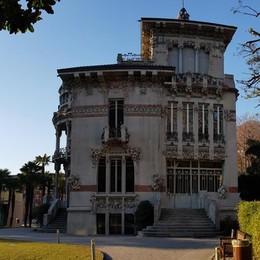 Cernobbio in festa per il patrono  Il regalo è Villa Bernasconi