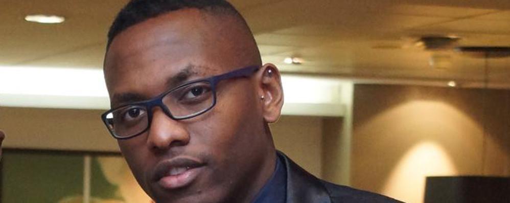 Solidarietà al medico vittima di razzismo  L'opposizione: «Ma è la Lega che istiga»