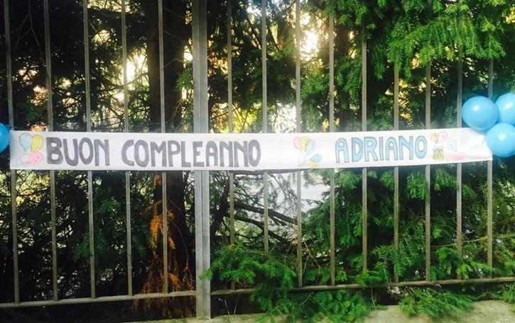 """Gli 80 anni di Adriano Celentano  """"Assedio"""" alla villa di Galbiate"""