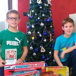 Un palloncino per Babbo Natale  E da Bergamo arrivano i regali