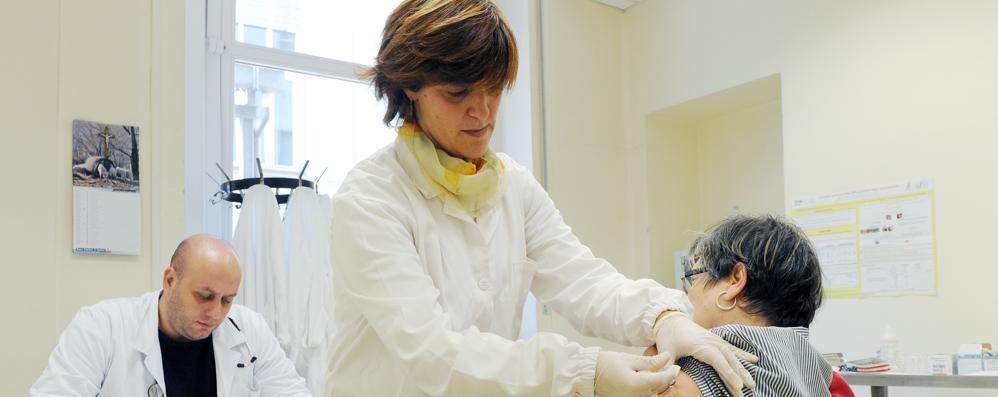 Influenza, il virus si fa beffe del vaccino