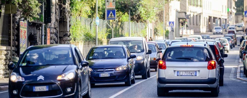 "Stop ai veicoli inquinanti  Tante "" falle"" intorno a Como"