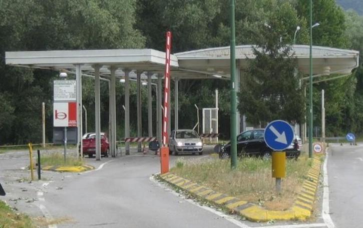 Valichi, la Svizzera ci riprova  Barriere per chiudere Ronago