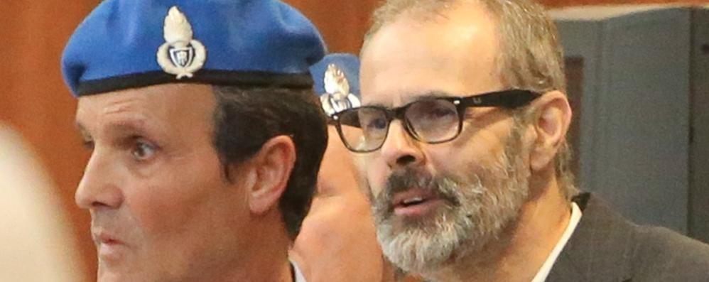 Morti in ospedale, i consulenti del pm  «Uccisi dai farmaci dati da Cazzaniga»