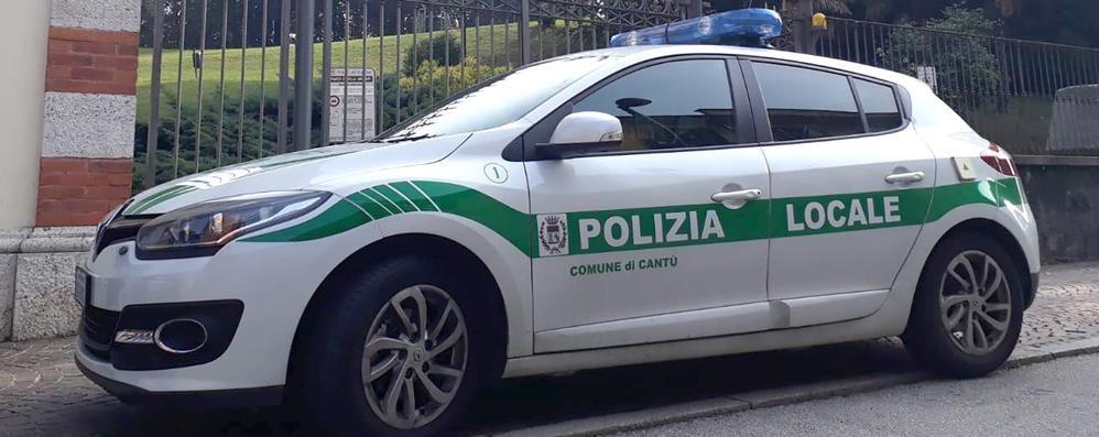 Provoca incidente e fugge in motorino  Cantù, denunciati pirata e passeggero
