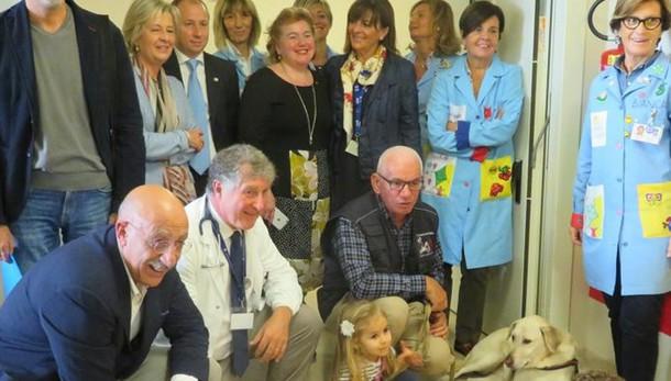 Cani in pediatria  «Faranno parte  delle terapie»