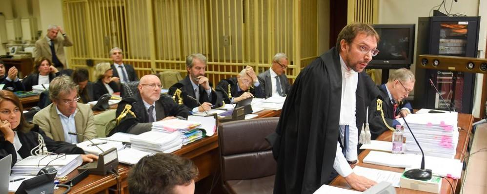 Paratie, maxi richieste di condanna  Avvocati critici: «Sono eccessive»
