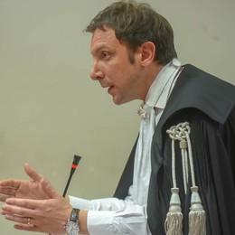 Processo paratie  Il pm: «Interesse politico»  Le difese: «Esterrefatti»