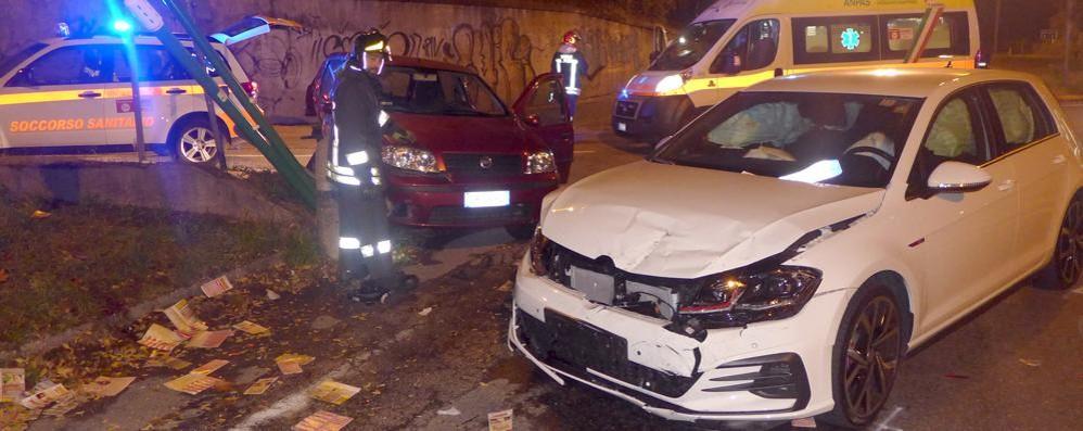 Incidente nella notte a Monguzzo Gravissimo un automobilista