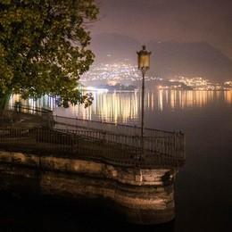 Lampioni a Como, appalto lumaca  Cinque mesi solo per i documenti
