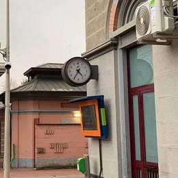 Erba, aria condizionata e bagni riaperti  La stazione a misura di pendolare