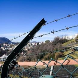 Migranti spinti in Italia dagli svizzeri  Salvini: «Non siamo un campo profughi»