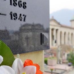Cremazioni, la promessa: «Basta disagi Ora procedure più veloci per Chiasso»