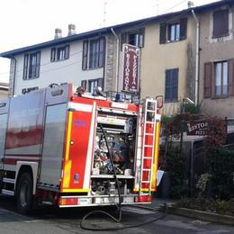 Cabiate, incendio in cucina In fiamme ristorante pizzeria