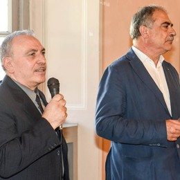 Como, Pettignano si dimette Otto ore dopo il sindaco lo fa tornare  Con un altro partito