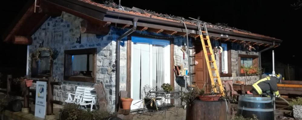 Incendio a Lanzo Brucia l'agriturismo al Casel