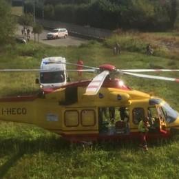 Cremia, ferito dalla motosega  Soccorso con l'elicottero