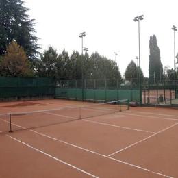 Erba, in cinque per il Tennis Club  «La rinascita del parco parte da qui»