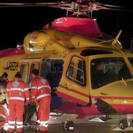 Cermenate, ragazzino investito Soccorso dall'elicottero: è grave