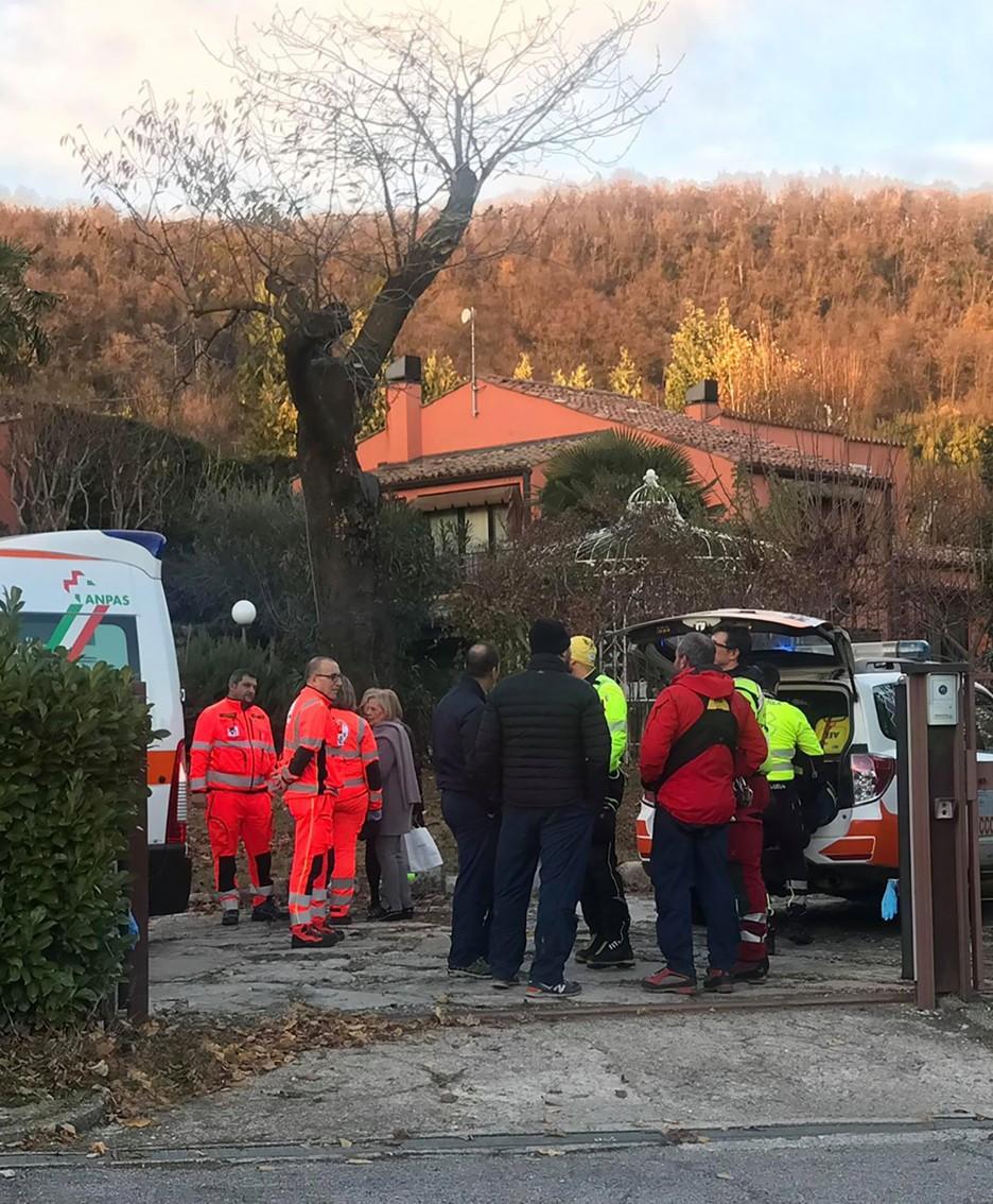 I soccorritori in via Roma