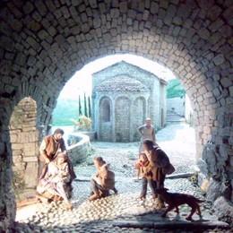 Tremezzina, il Natale fa ottanta  In mostra i presepi vista lago