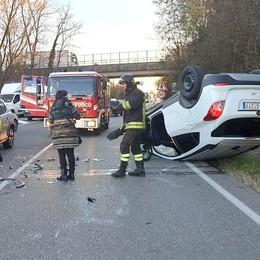 Arosio, incidente tra cinque auto Traffico in tilt sulla Valassina