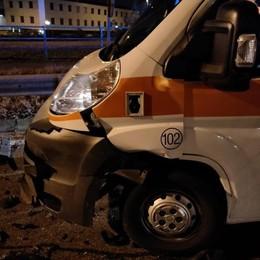 Guida ubriaco e va in contromano  Frontale con l'ambulanza di Mariano