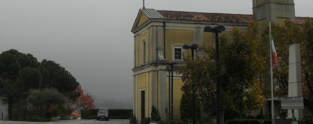 Ronago,infiltrazioni nella chiesa  Appello del parroco ai fedeli