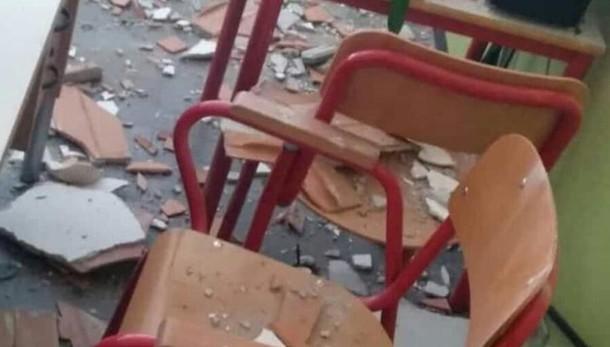 Crollo in un'aula ad Albate Insegnante in ospedale Scuola verso la chiusura