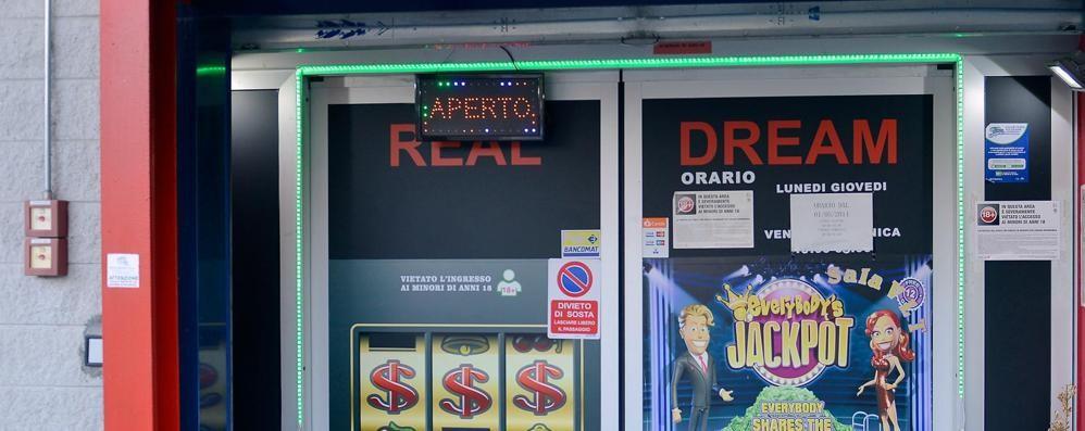 Montano, rapina alla sala slot  Fuga con 7mila euro
