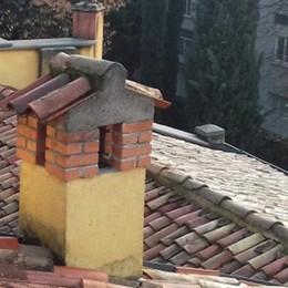 Erba, municipio, piove dal tetto  Chiusa la sala della giunta