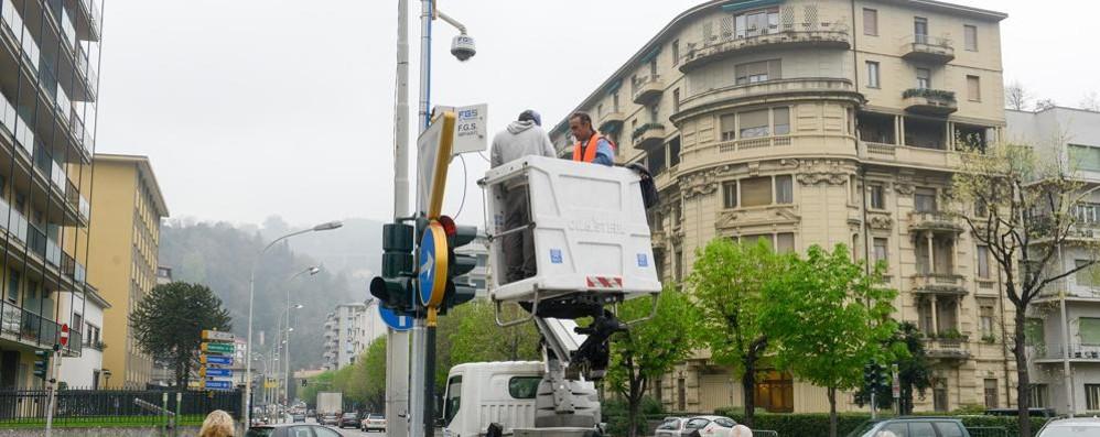 Telecamere spente e monitor guasti  Così il Comune (non) controlla la città