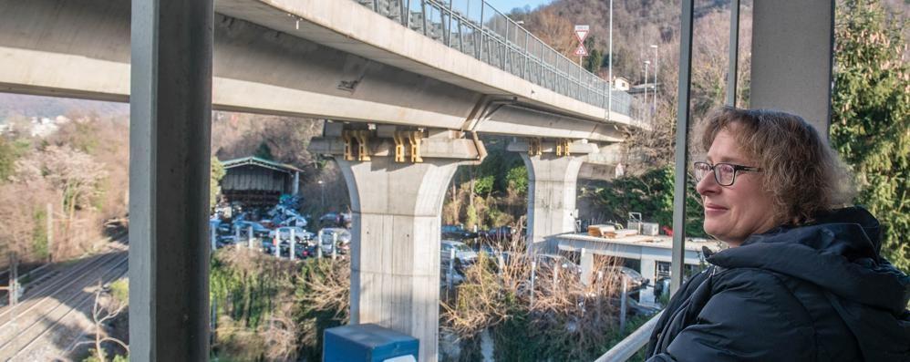La testimonianza: «Noi, con il viadotto fuori dalla finestra... Una presa in giro»