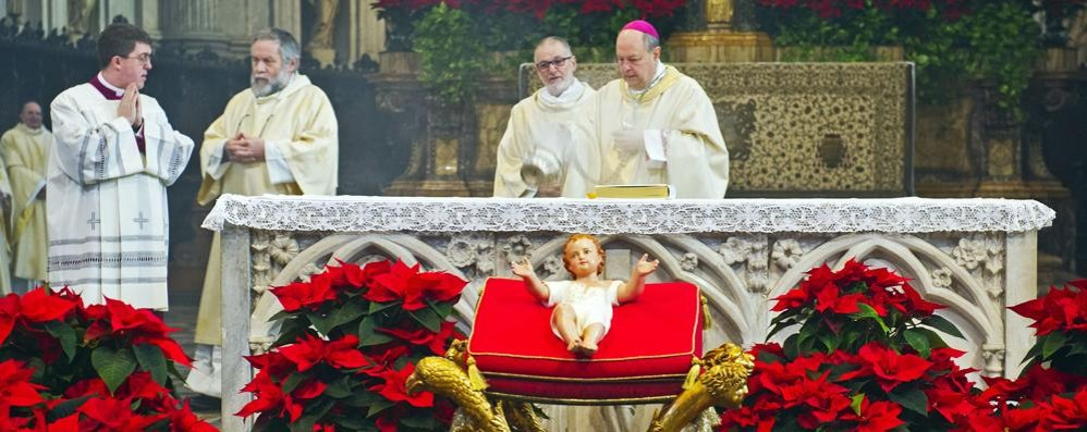 Oggi la messa di mezzanotte  Domani il  pontificale alle 10