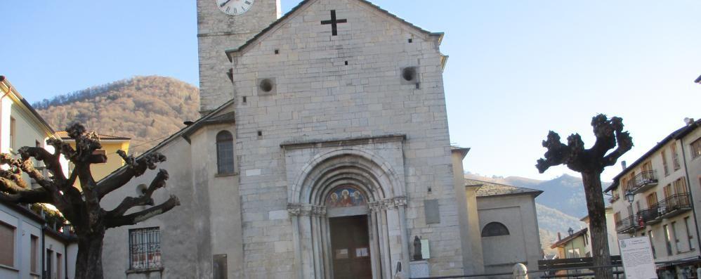 San Fedele, mistero in chiesa  Il portafogli sparisce e poi si ritrova