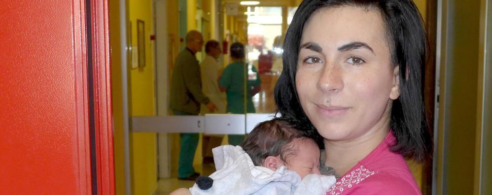 «Ecco la mia Dafne nata in casa»  Mamma Lorenza ringrazia tutti