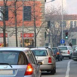 "Manovra: spunta l'Ecotassa  Stangata sulle auto ""tradizionali"""