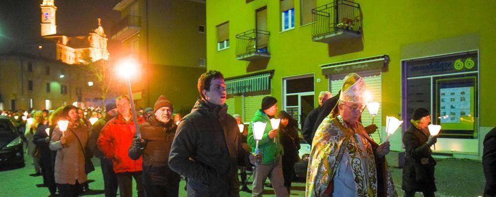 Breccia, in cinquecento  alla fiaccolata per Lourdes