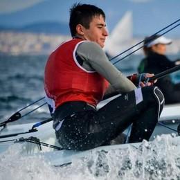 Yacht Club Como a vele spiegate Mondelli e gli altri ok a Napoli