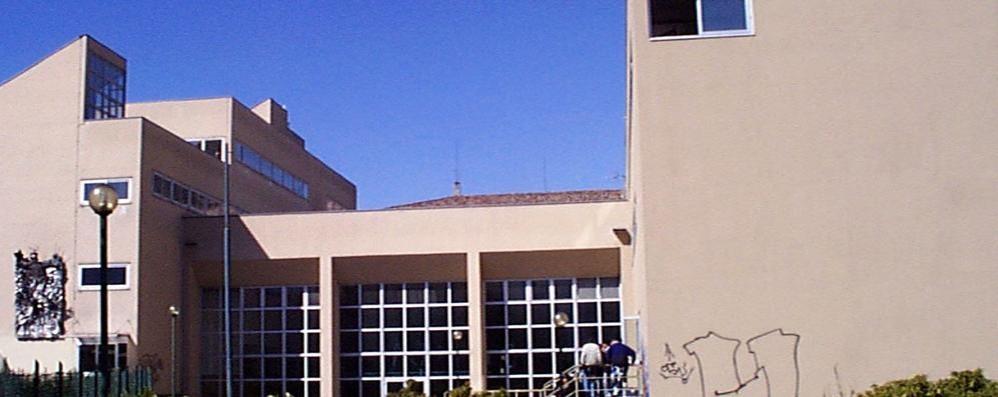Menaggio, insulti al prof  Studente perdonato per il video